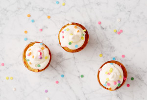 RV_STEPS_Funfetti_Cupcakes_Step6_276_FINAL