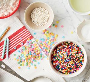 Sprinkles: Rainbow, Pastel, White sugar pearls