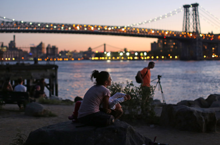 http://www.nytimes.com/2013/08/26/nyregion/in-williamsburg-riverside-interludes-amid-the-tumult.html?_r=0
