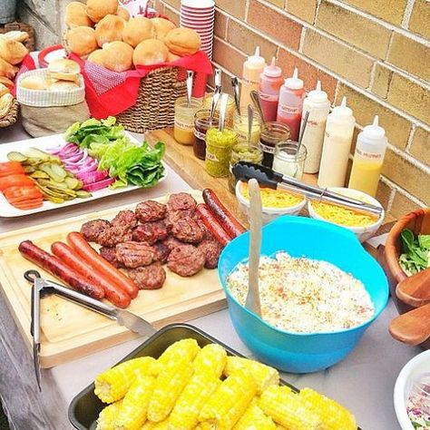 Make a DIY burger bar that everyone will love. Photo Credit: savvymom.ca