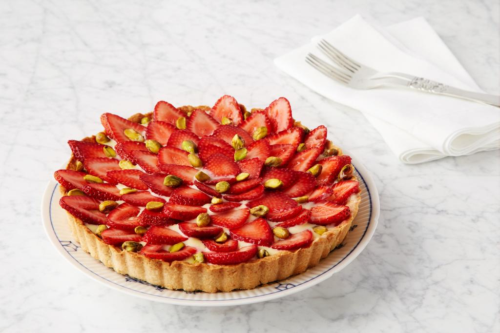 Red Velvet NYC Strawberry Tart (with pistachios)